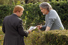 Horatio Caine speaks with a murder suspect in CSI: Miami - Dishonored - Season 8, Episode 18.