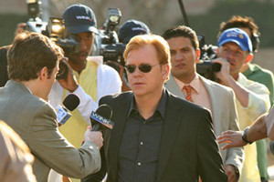 CSI Miami - All Fall Down - Season 8 Episode 24