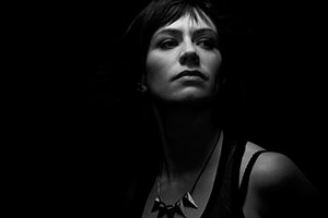 Maggie Siff (as Tara Knowles)