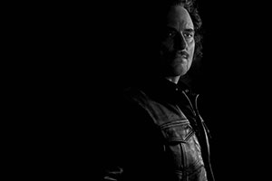 Kim Coates (as Alex 'Tig' Trager)