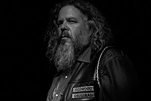 Mark Boone Junior (as Robert 'Bobby' Munson)