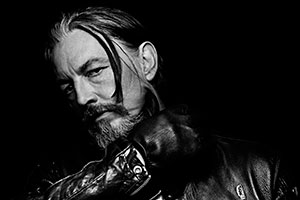 Tommy Flanagan (as Filip 'Chibs' Telford)