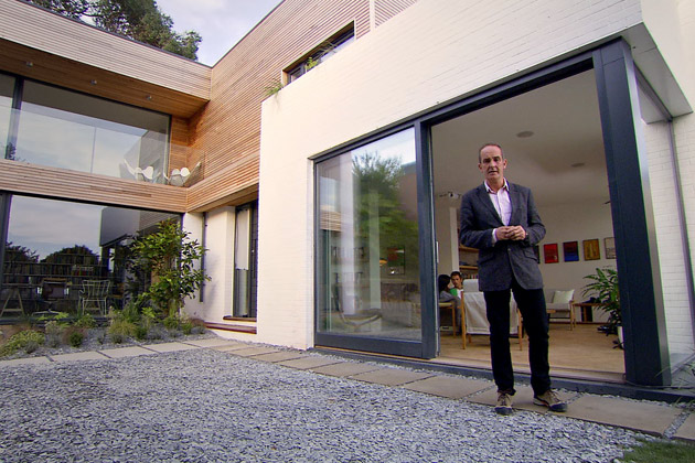 Kevin McCloud The Scandinavian House - Grand Designs