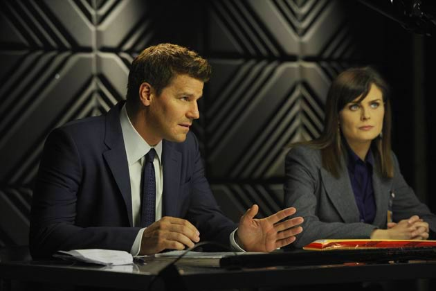 "(L-R): Special Agent Seeley Booth (David Boreanaz) and Dr. Temperance 'Bones' Brennan (Emily Deschanel) in ""The Pinocchio In The Planter""."