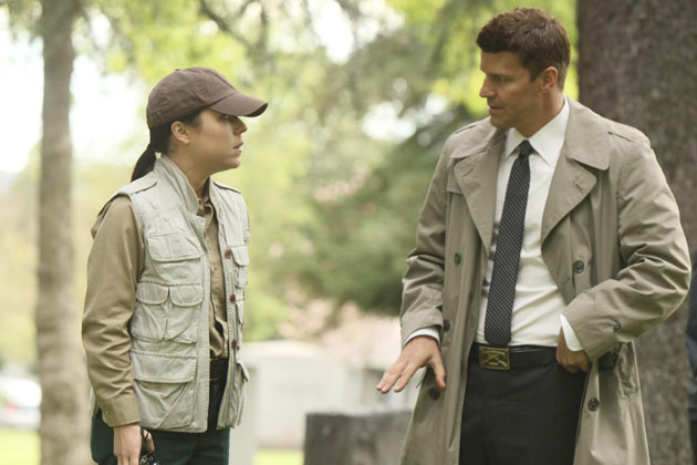 "(L-R): Special Agent Genevieve Shaw (Tina Majorino) and Special Agent Seeley Booth (David Boreanaz) in ""The Hole In The Heart""."