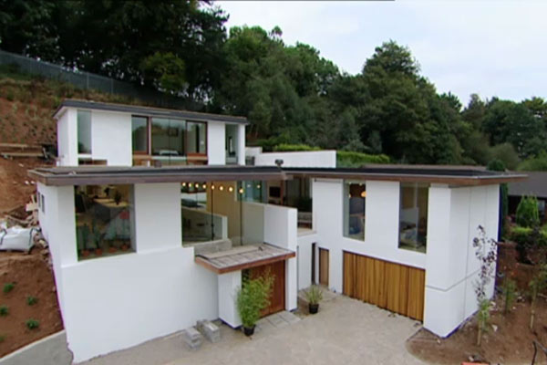 A 21st Century Answer To The Roman Villa - Grand Designs Revisited.