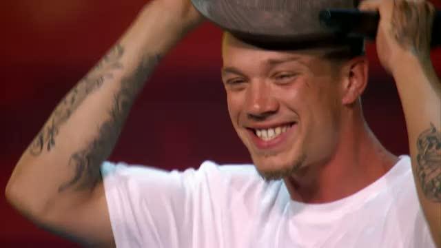 Chris Rene - The X Factor USA.