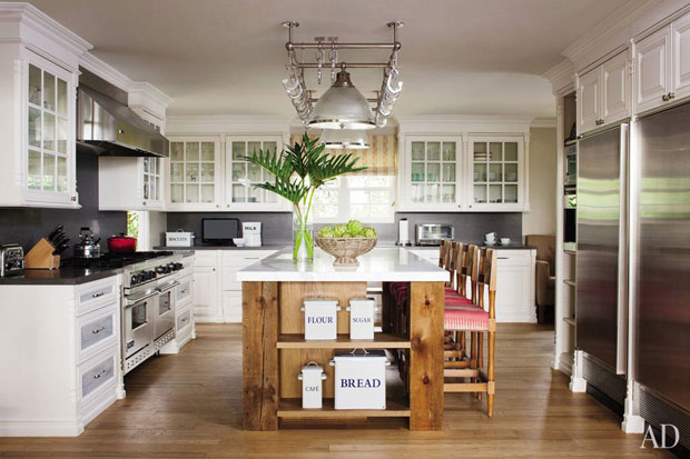 Hank Azaria's french influenced kitchen