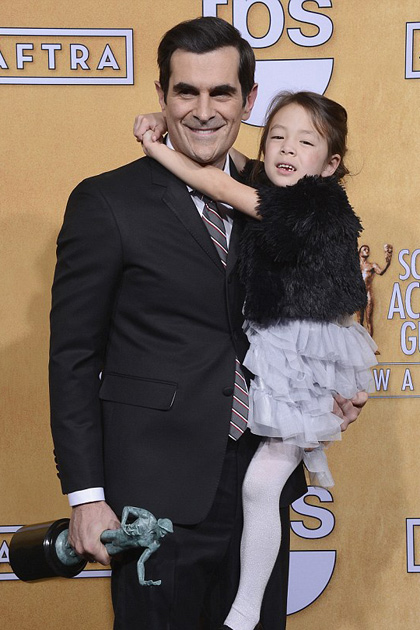 Aubrey Anderson-Emmons with Ty Burrell at SAG Awards