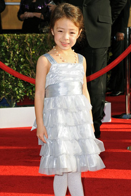 Aubrey Anderson-Emmons works the red carpet at the SAG Awards
