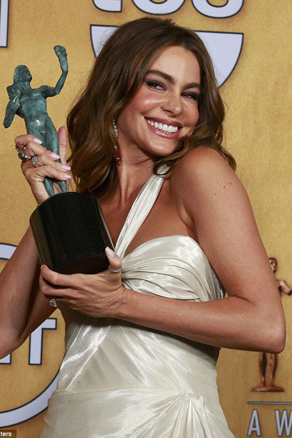 Sofia Vergara is all smiles at the SAG Awards