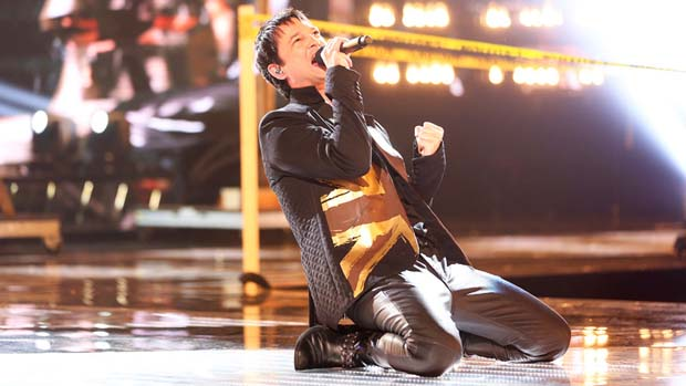 "Jeff Gutt took the stage to perform one of the biggest songs of all time, Queen's ""Bohemian Rhapsody"""