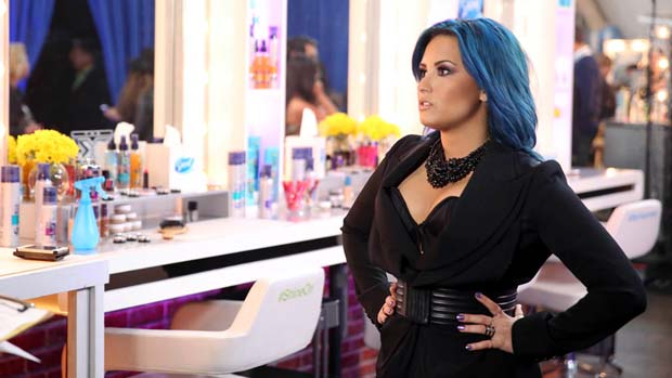 Demi Lovato commanded the attention of all backstage.