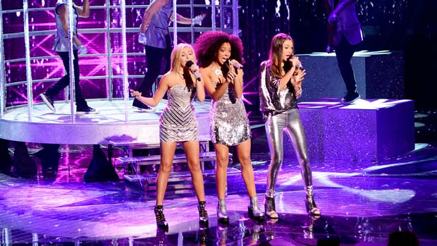 Since entering the stage through doors is SO last week, Sweet Suspense arrived via bird cage