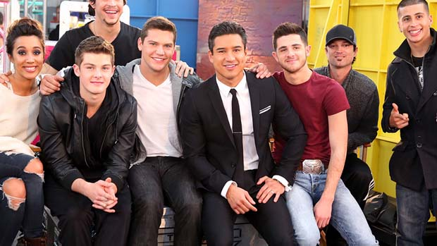 The remaining four acts hung out with Mario Lopez backstage.