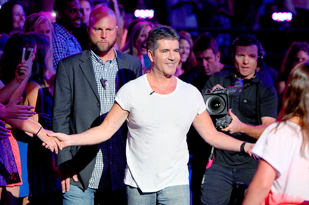 Season 3 Sneak Peek - Simon arrives to auditions