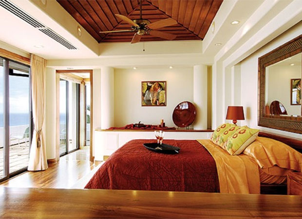 The ideal Feng Shui bedroom promotes peace and sensual energy. Remove electronic items and gym equipment. Plants are not good Feng Shui in a bedroom. Use soothing colours with a balanced décor.