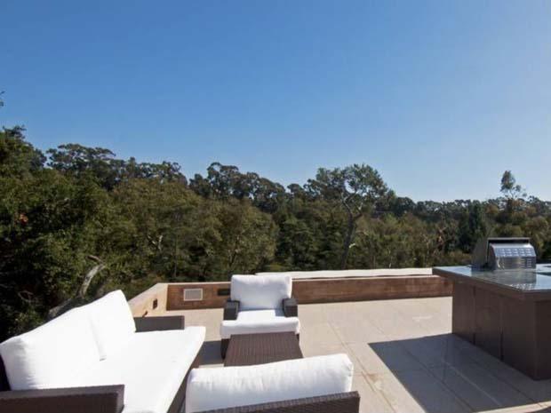 Outdoor Rooftop Deck