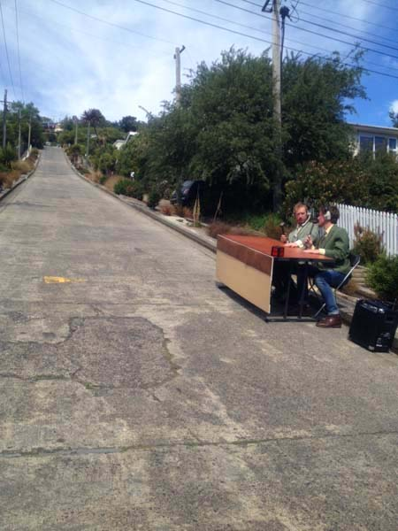 Being complimentary on the steepest street in the world