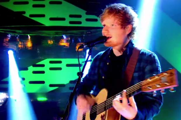 "Ed Sheeran Performs ""Sing"" On The Graham Norton Show"