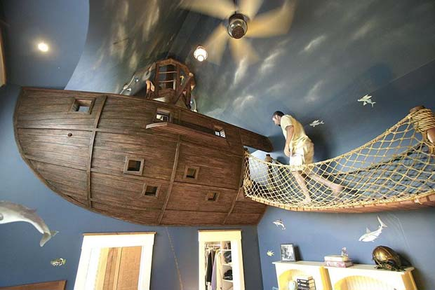 The Ultimate Pirate Ship Room!