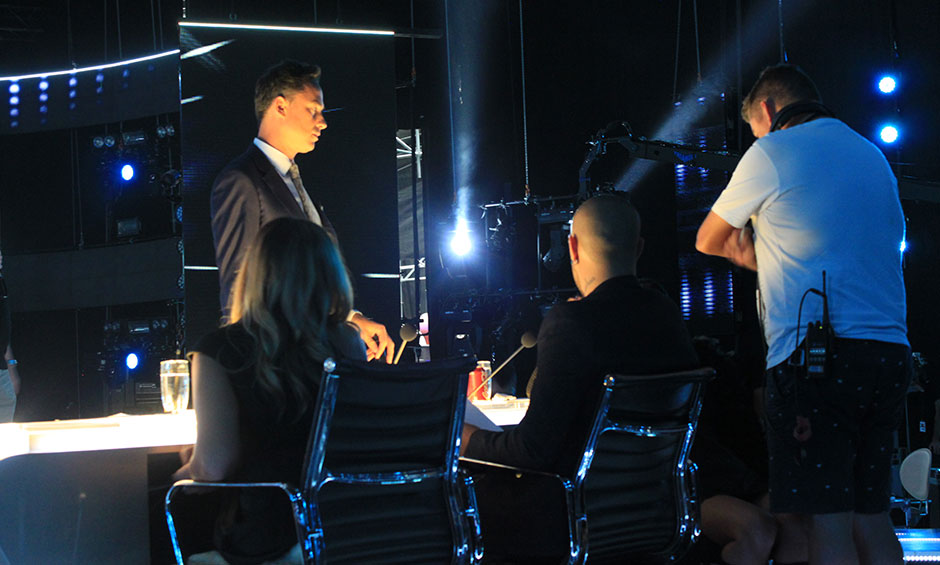 Dom and the judges getting set up